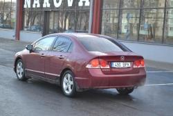 Honda Civic 1.8 103 kW 2006