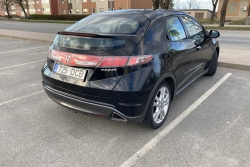 Honda Civic 2.2 103 kW 2011