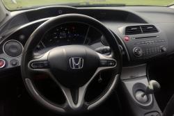 Honda Civic 1.3 61 kW 2007