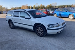 Volvo V70 2.4 120 kW 2003