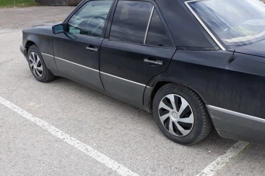 Mercedes E200 2.0 55 kW 1994