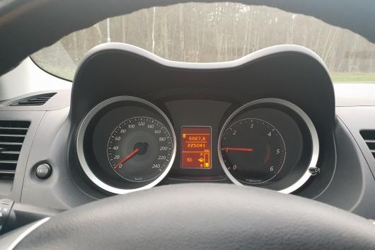 Mitsubishi Lancer 2.0 103 kW 2010