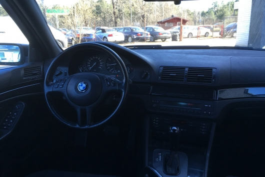 BMW 530 Touring 3.0 142 kW 2001