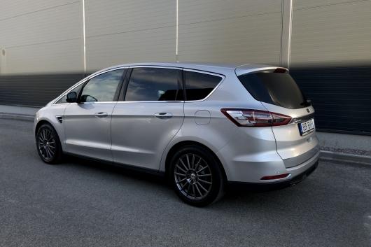Ford S-MAX Titanium 2.0 110 kW 2016