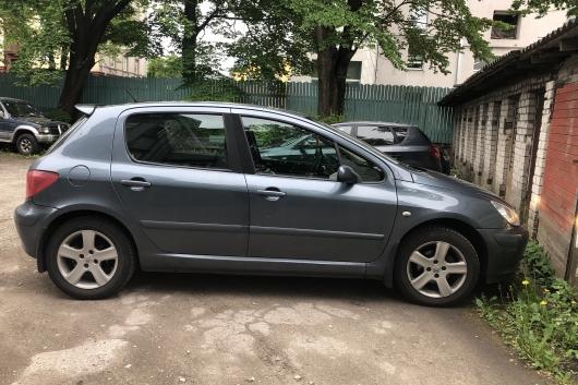 Peugeot 307 1.4 65 kW 2005