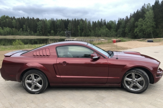 Ford Mustang Premium 4.0 157 kW 2008