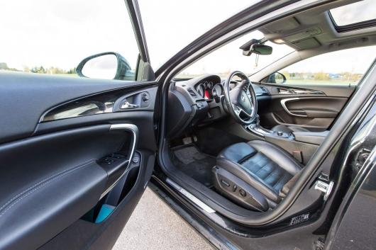 Opel Insignia Sports Tourer 2.0 118 kW 2011