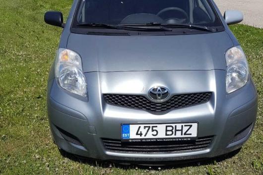 Toyota Yaris 1.4 66 kW 2010