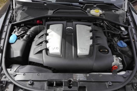 Volkswagen Phaeton 3D 3.0 165 kW 2007