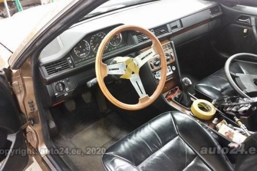 Mercedes CLC230 W124 2.3 97 kW 1988