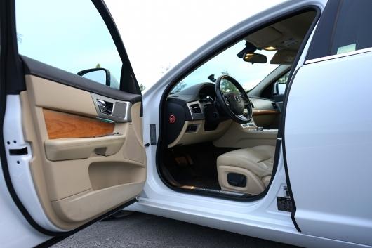 Jaguar XF 2.2 125 kW 2015